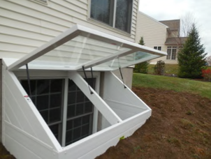 Deluxe Stac-it Egress Well with Dual Covers