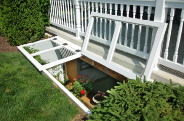 Premium Egress Step Well with Dual Covers